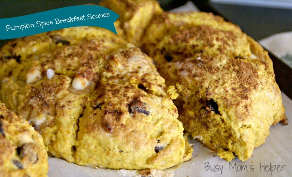 Pumpkin Spice Breakfast Scones / Busy Mom's Helper