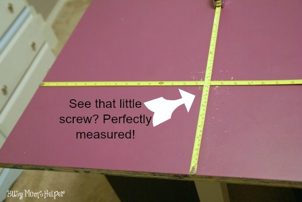 DIY Craft Table Tutorial / by www.BusyMomsHelper.com #craftroom #diytable #remodel