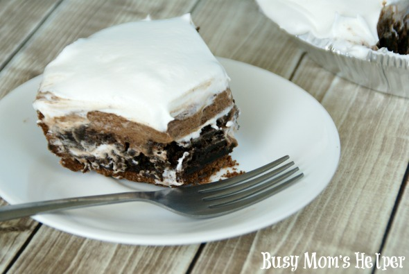 Creamy Chocolate Layered Pie / by Busy Mom's Helper #chocolatepie #dessert #chocolate #brownie