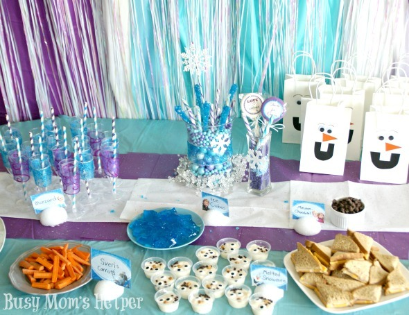Frozen Birthday Party / by Busy Moms Helper #Frozen #Disney #Olaf # ...