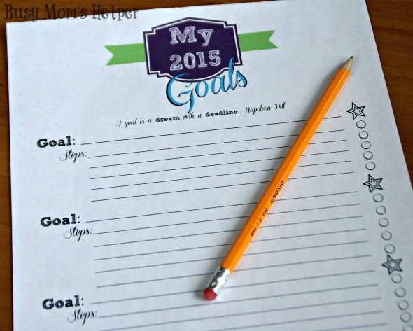 Free Goal Setting Printables / by Busy Mom's Helper #newyears #goals #printables