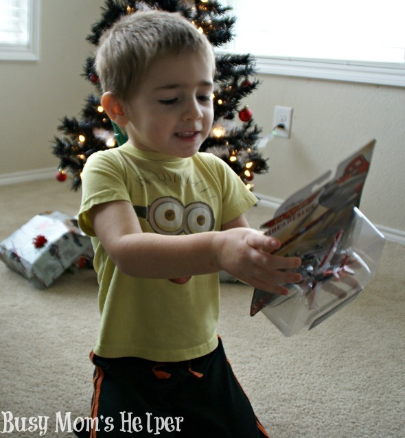 Make a Paper Tree & Our Planes Themed Christmas / by Busy Mom's Helper #PlanesToTheRescue #Spon #Disney #Planes