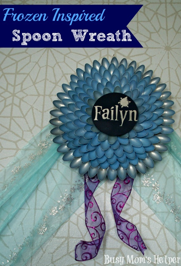 Frozen Inspired Spoon Wreath / by Busy Mom's Helper #frozen #wreath #decor