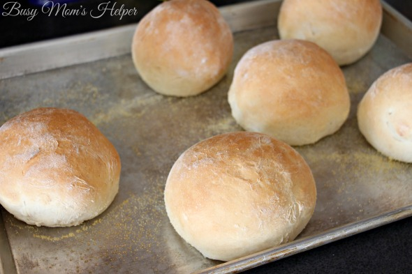 Easy Homemade Bread Bowls / by Busy Mom's Helper
