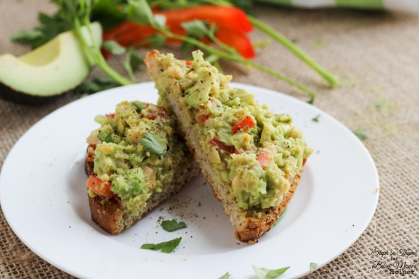 Smashed Chickpea and Avocado Toast, a healthy way to start the day l Steph in Thyme for Busy Mom's Helper