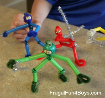 Over 20 Easy Crafts with Straws / by Busy Mom's Helper