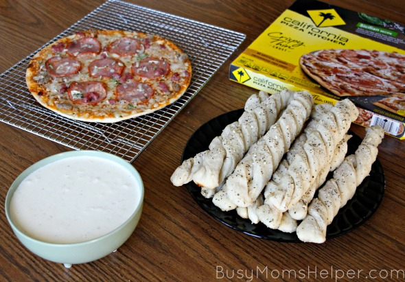 The Best Breadsticks & Alfredo Sauce for Your Holiday / by Busy Mom's Helper #NestleHoliday #ad