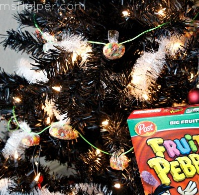 Fun Holiday Decor Crafts with Kids / by BusyMomsHelper.com #FruityPebbles #CocoaPebbles #IC #ad
