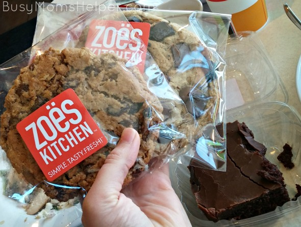 Fresh Eats at Zoës Kitchen / review by BusyMomsHelper.com #ad @ZoesKitchen