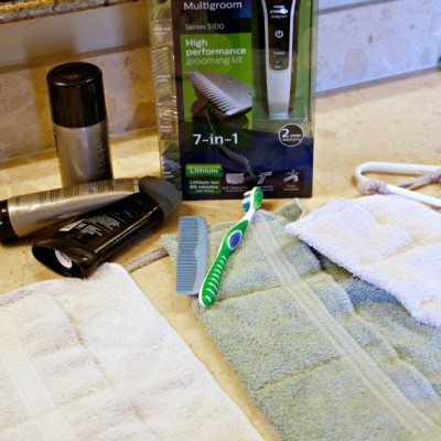 DIY Shaving Caddy / Date Night Gift Basket for Hubby / by BusyMomsHelper.com #GiftofPhillips #ad
