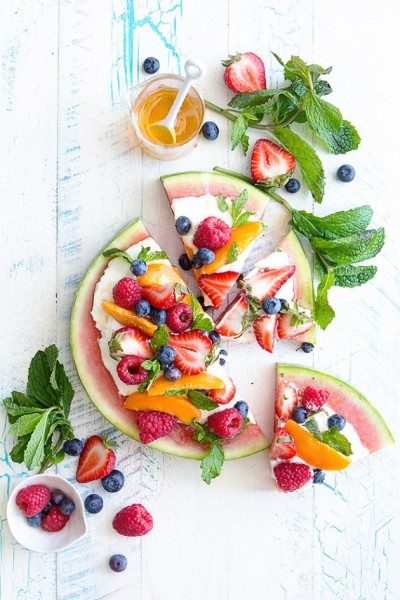 Fruit-Pizza-Bakers-Royale1-630x945