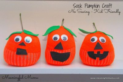 1-pumpkin-sock-craft-halloween-jack-o-lantern-craft-039