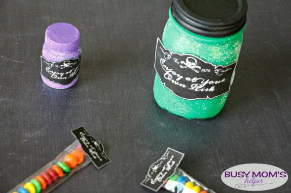 Free Printable Halloween Labels / Great for gifts, signs, treats or party favors!