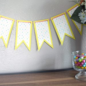Printable spring banner: bright polka dots for Easter, etc.
