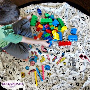 Play & Go Makes Playtime Easy