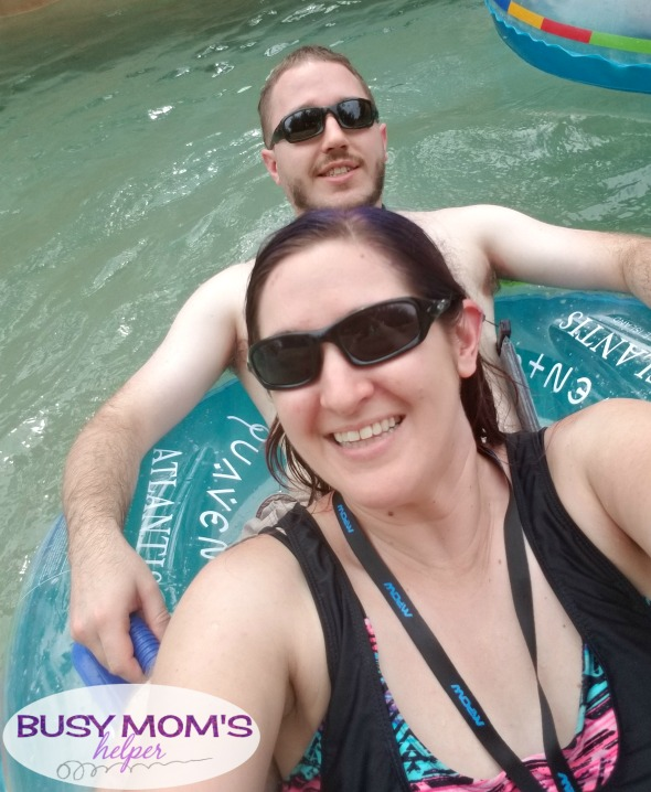 How to DATE on a cruise while still relaxing #ad #cruisingcarnival Great tips for getting quality time and strengthening your relationship even when on a cruise ship