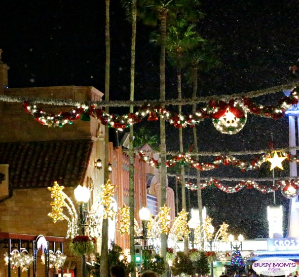 Holidays at Walt Disney World #disney #christmas #waltdisneyworld #holidays #travel #bmhtravel #orlando