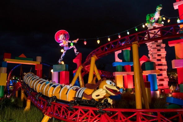 Guide to the new Toy Story Land at Disney's Hollywood Studios #waltdisneyworld #toystoryland #disney #hollywoodstudios #disneyworld #travel #familytravel