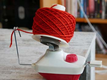 Benefits of Using a Ball Winder to Wind Yarn